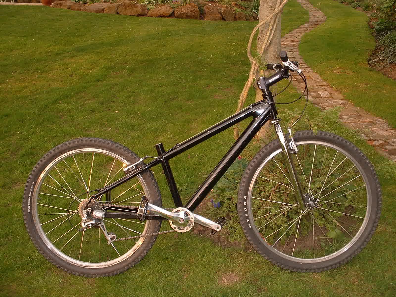 jim-bike2002.jpg